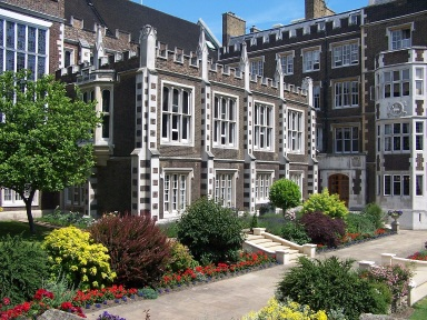 Middle Temple grounds