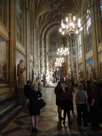 The hallway connecting Westminster Hall with parliament